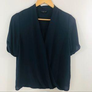 Size 4 navy TOPSHOP short sleeve blouse